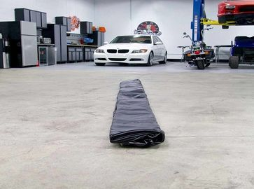 Soft PVC Inflatable Car Wash Mat Cleaning Garage Floor Containment Mats supplier