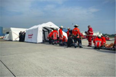 Outdoor Portable Inflatable Emergency First Aid Tent / Inflatable Medical Tent supplier