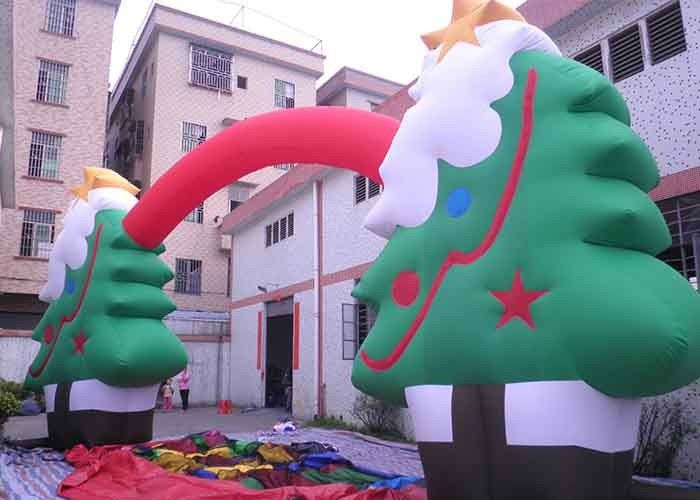 China Oxford Cloth Customized Advertising Inflatables Christmas Tree / Arch For Festival factory