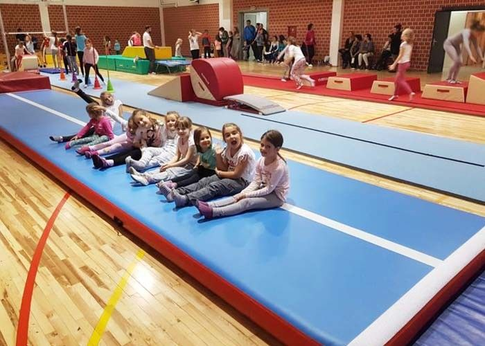 Outdoor Inflatable Air Track Gymnastics Mat / Inflatable Bouncing Mat Customized
