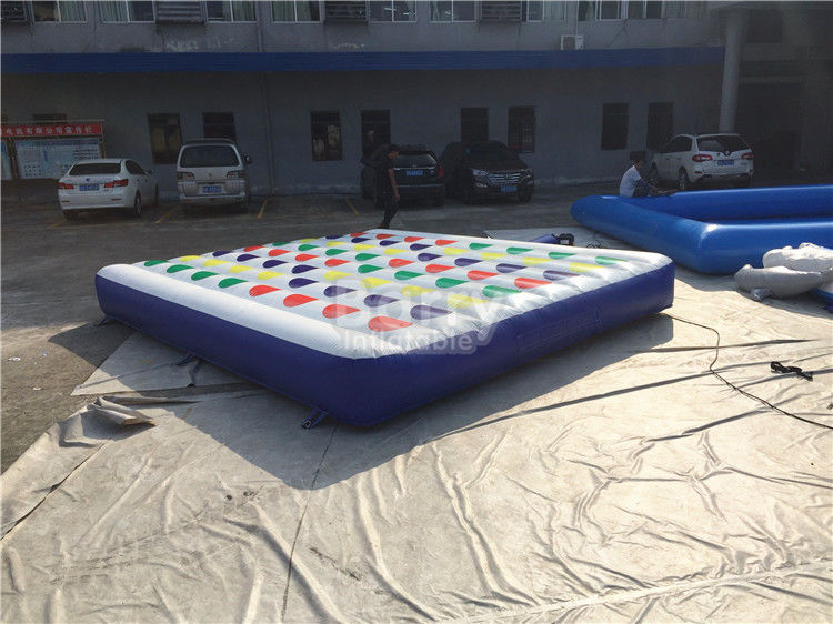 China Pvc Material Inflatable Twister Mattress For Adult And Kids 5m Width factory