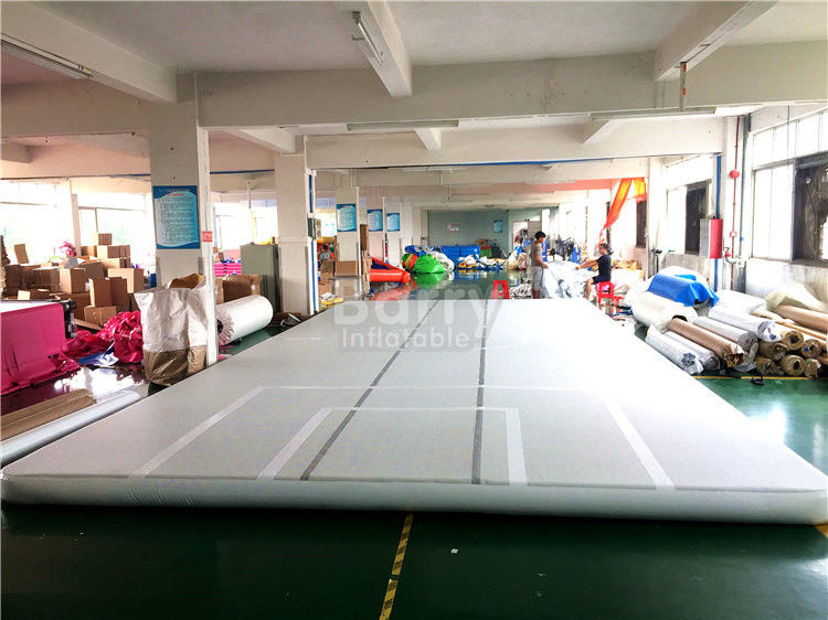 China Indoor Training Air Track Gymnastics Mat , Grey Squre Prix Air Track factory