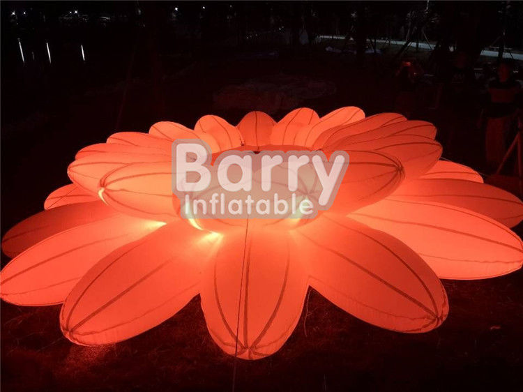China Pretty Lighting Decoration Inflatable Advertising Products / Inflatable LED Flower Chain For Wedding Party factory