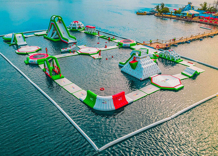 China Seaside Resort Inflatable Water Park , Sea Floating Water Park With 2 Years Warranty factory