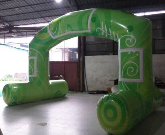 Green Standard Free Standing Inflatable Arch , PVC Tarpaulin Inflatable Arch for Advertising supplier