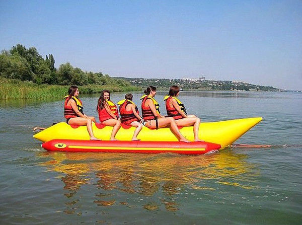 China Exciting 5 Seats Inflatable Water Toys / Banana Boat Tube EN71 Approved factory