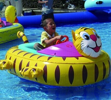 China Inflatable Toy Boats For kids , Tiger Inflatable Motorized Bumper Boat factory