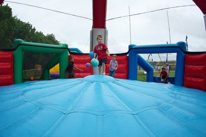Defender Dome Inflatable Sports Games Blow Up Bounce House For Dodgeball